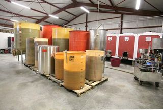 1plageoles_cuves_vinification2