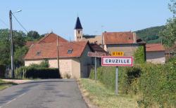 1cruzilles_village