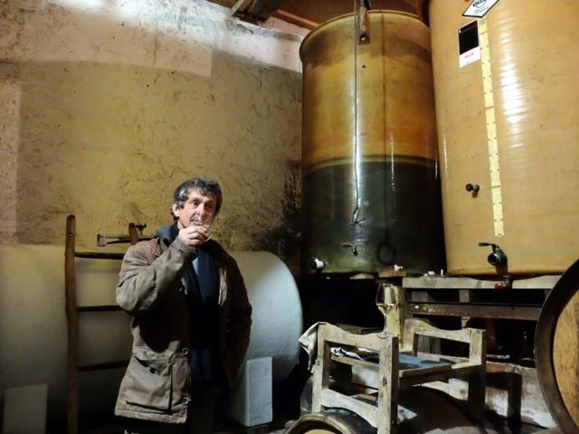 1lunotte_cellar_sauvignon_tank