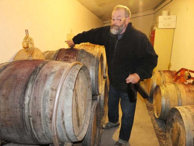 1courtois_claude_barrel_cellar