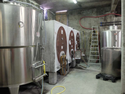 1mazel_cement_fermenters