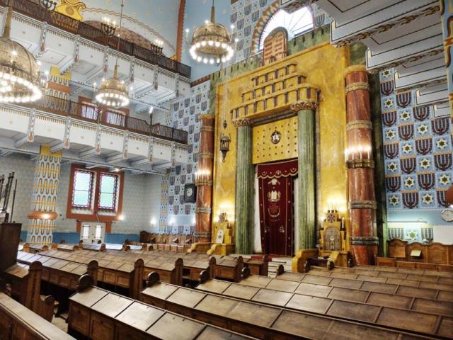 1Kazinczyzsinagoga_altar