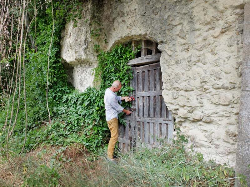 1caplain_cellar_door_ext
