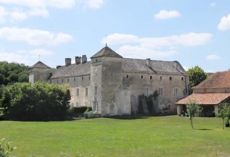 1ozenay_the_castle_chateau