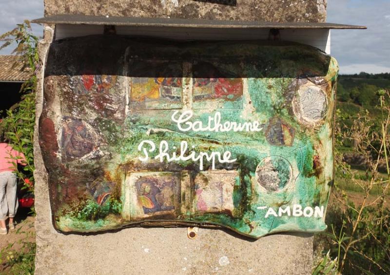 1philippe_jambon_mailbox
