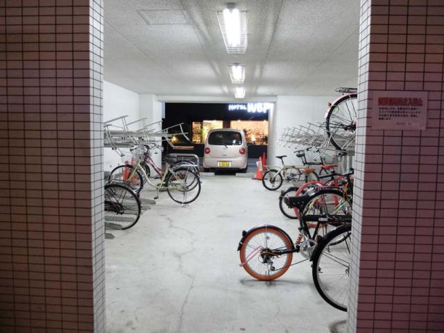 1osaka_park_cozy_bicycle_park