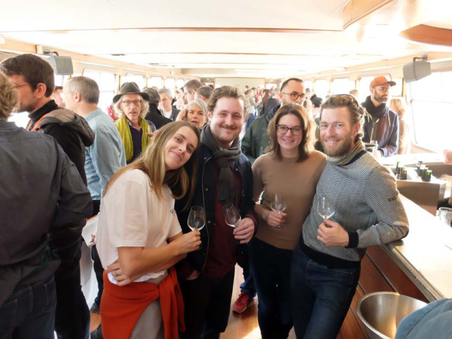 1barge_tasting_paris_aaron