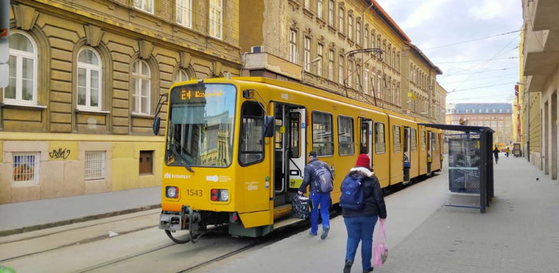1stayhome_budapest_tramway
