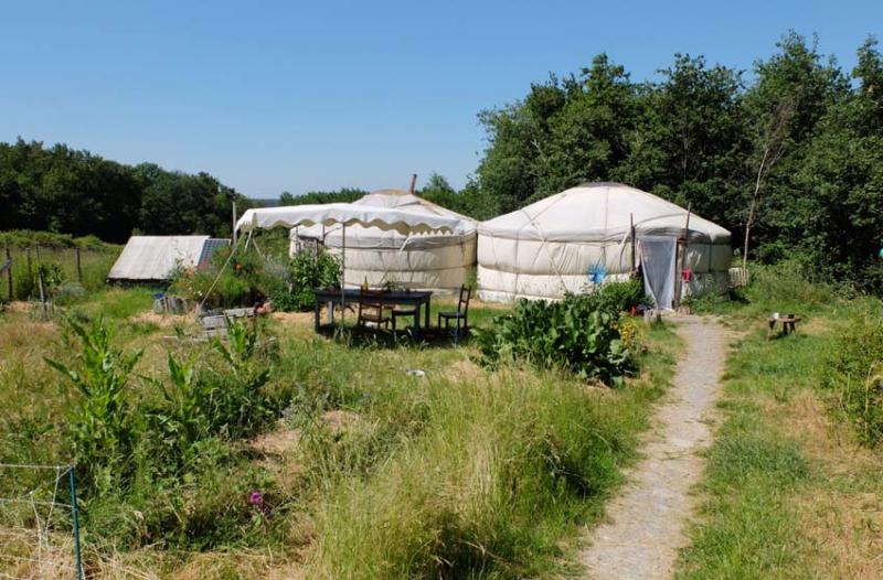 1adrien_baloche_yurts