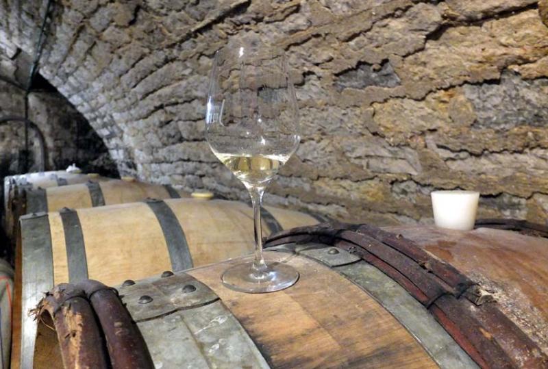 1bruyere-houillon_cellar_glass