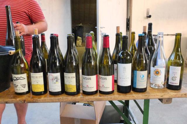 1nez_dans_le_verre_bottles