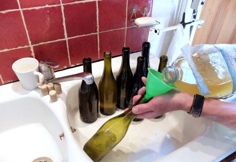 1stayhome_loire_bulk_wine