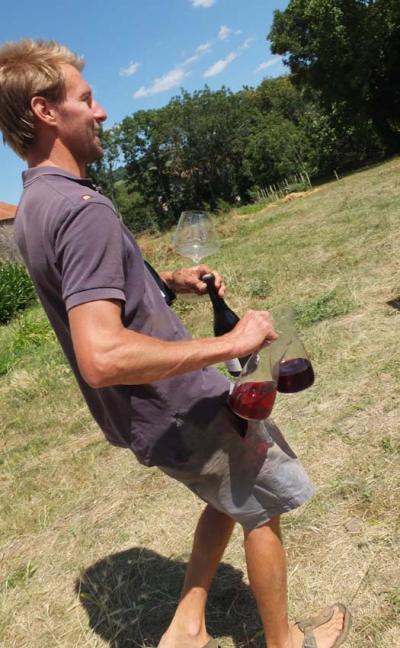 1dandelion_christian_knott_brings_wines