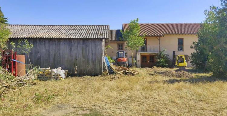 1romain_des_grottes_wine_farm