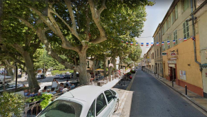 1flassans-sur-issole_street
