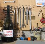 1temps_des_reveurs_bottle_tools
