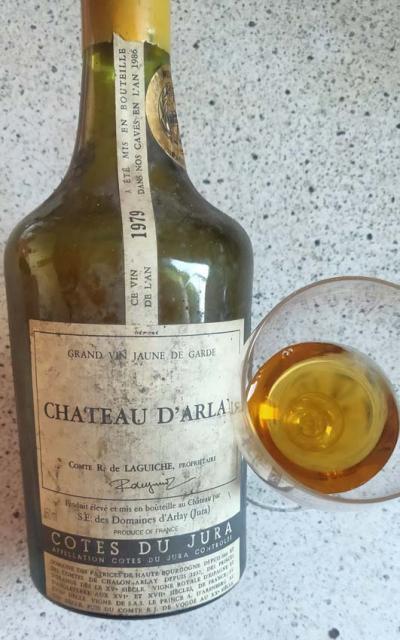 1wn_fleamarket_wines_arlay_vin_jaune