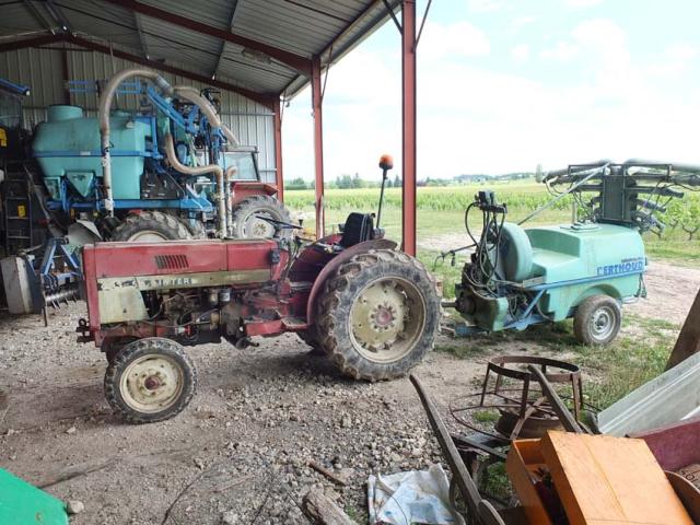 1cambalu_spraying_tractor