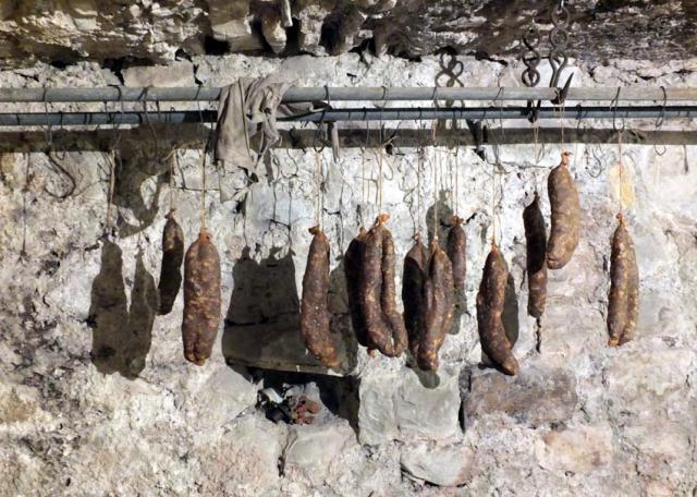 1anders_cellar_hanging_treasures