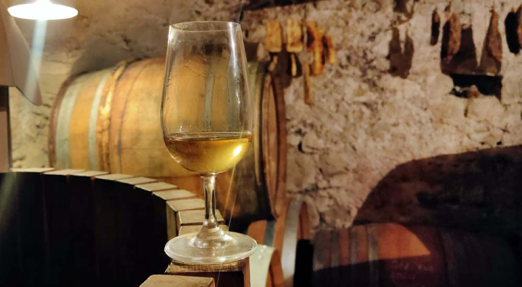 1anders_cellar_glass_pinot_blanc