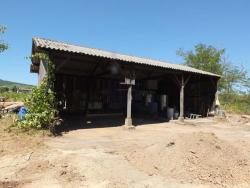 1romain_des_grottes_barn