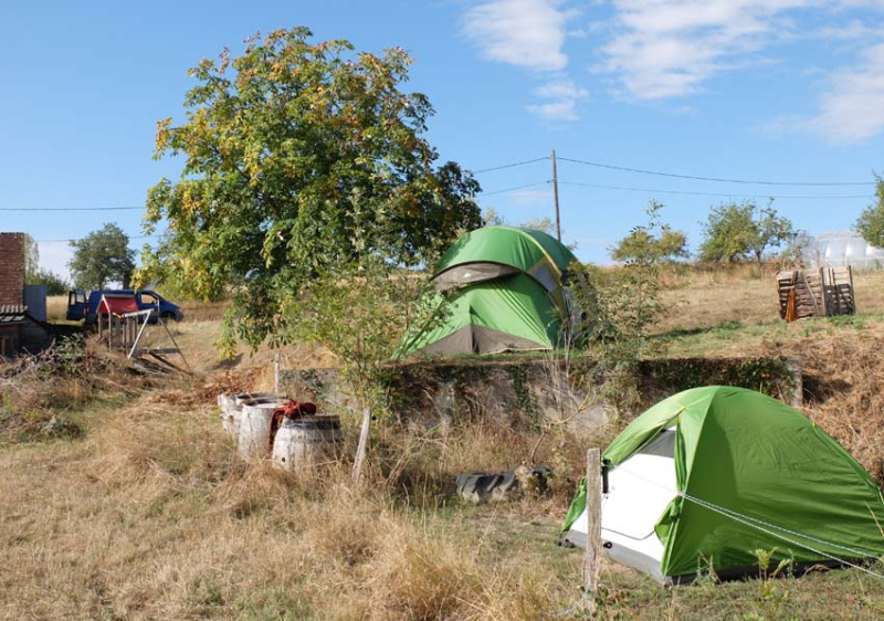 1maisons_brulees_tents