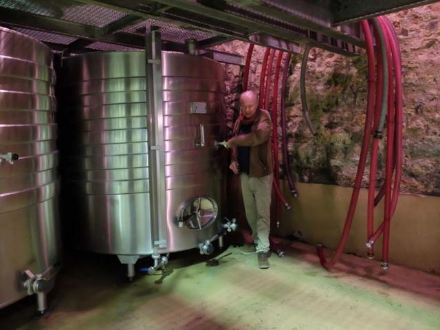 1gasqui_barrel_new_wine