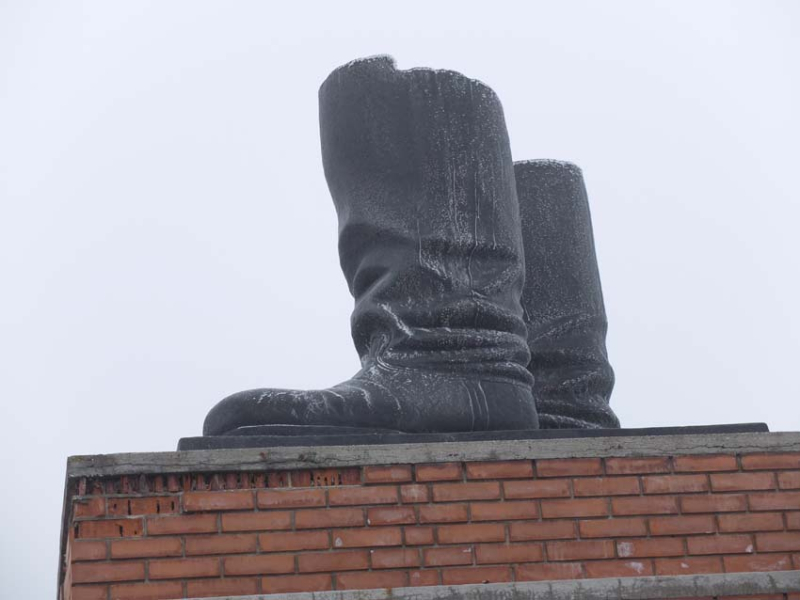 1stalin_boots