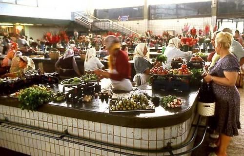 Kholkhosian Market